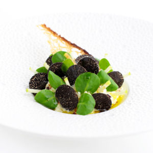 entrée-table-hotes-restaurant-quatrieme-mur-etoile-michelin-philippe-etchebest