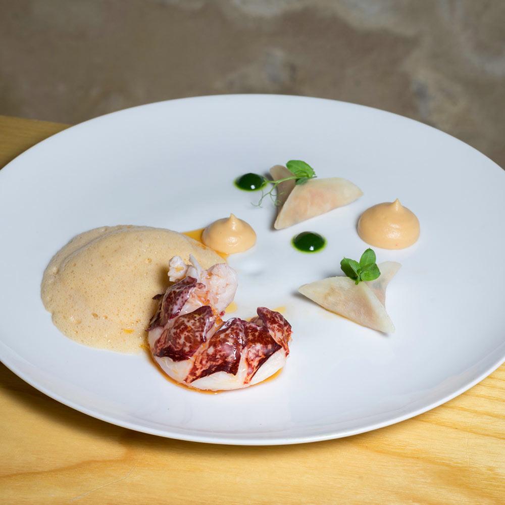 plat-table-hotes-restaurant-quatrieme-mur-etoile-michelin-philippe-etchebest